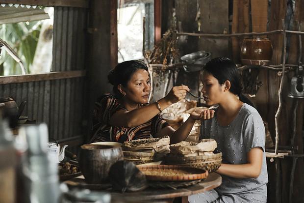 """Review phim """"Thất Sơn Tâm Linh"""": Phim bị cắt đầy hụt hẫng, có yếu tố gây rùng rợn nhưng """"chưa đã"""" - Ảnh 6."""