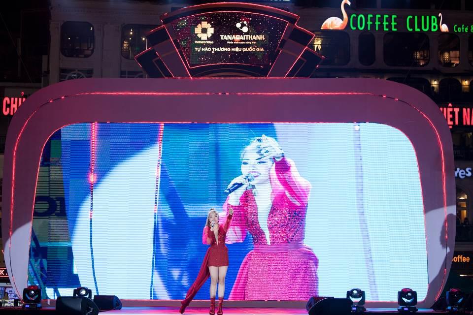 The Color Queen:  Đại tiệc âm nhạc cho khán giả thủ đô - Ảnh 4.
