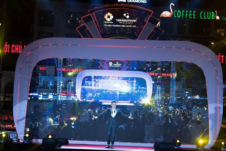 The Color Queen:  Đại tiệc âm nhạc cho khán giả thủ đô - Ảnh 7.