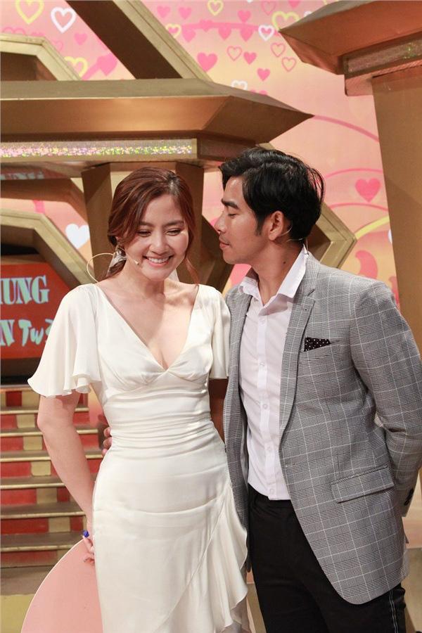 """Giữa """"tâm bão"""" Thanh Bình - Ngọc Lan ly hôn, loạt ảnh ngọt ngào của cặp đôi khiến dân tình tiếc nuối  - Ảnh 3."""