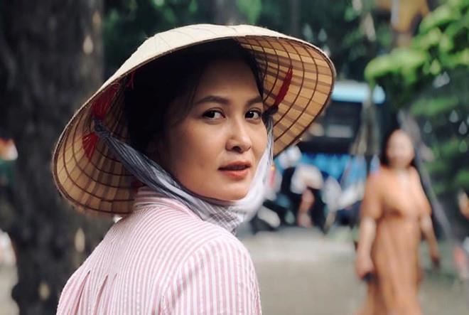 Nghe diễn viên Thuý Hà chia sẻ bí quyết tươi như hoa ở độ tuổi 41 - Ảnh 1.