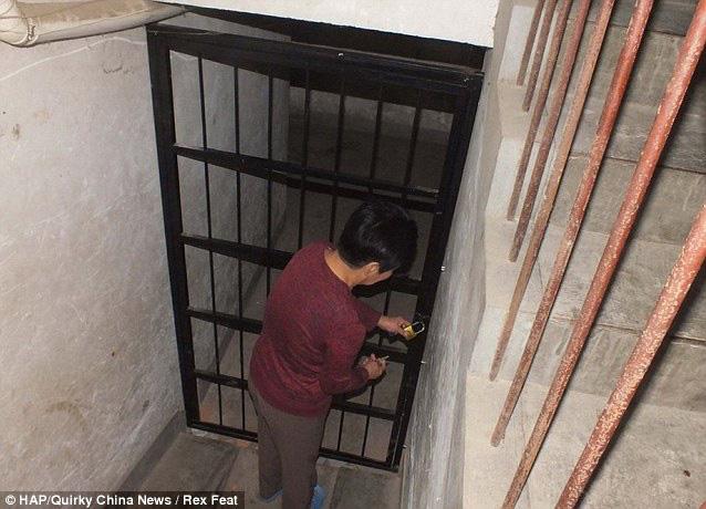 Vụ án rúng động: Chồng đào hầm, bắt nhốt 6 phụ nữ xinh đẹp thỏa mãn dục vọng mỗi ngày suốt 2 năm trời mà vợ không hề hay biết - Ảnh 3.