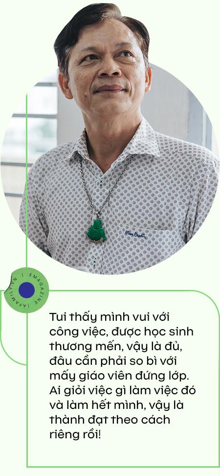 """Thầy giám thị """"độc nhất vô nhị"""" ở Sài Gòn, 21 năm được học sinh say mê, nghỉ hưu rồi học trò buồn vì mất người """"bảo vệ""""  - Ảnh 11."""