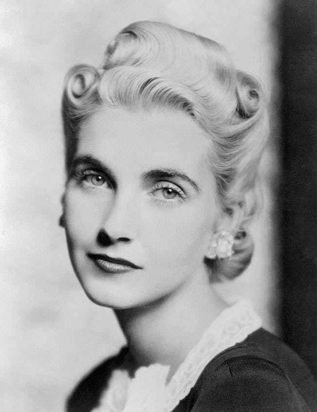 Cuộc đời buồn của nữ thừa kế xinh đẹp: Chưa từng được yêu thương, trải qua 7 cuộc hôn nhân cuối cùng chết trong cô độc, nghèo khó - Ảnh 3.