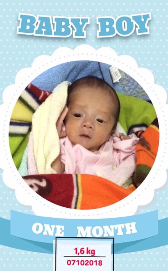 """Nhật ký 1 năm nuôi con sinh non nặng 1,3kg, đi """"nghỉ dưỡng"""" ở viện nhiều hơn ở nhà của mẹ Nghệ An - Ảnh 2."""