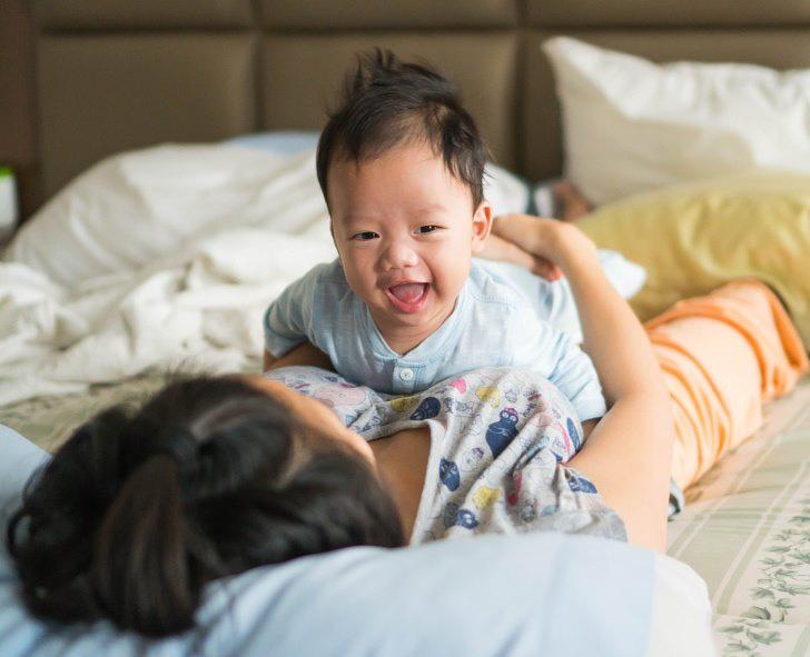 5 mẹo đơn giản bố mẹ nên làm để giúp trẻ sơ sinh khỏe mạnh - Ảnh 5.
