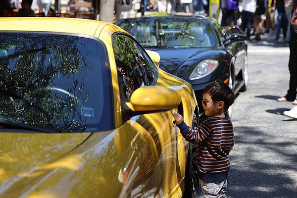 Con trai Đan Trường có cuộc sống như mơ, là tay chơi hàng hiệu, đi xe sang, sống trong biệt thự triệu đô dù chỉ mới... 3 tuổi - Ảnh 8.