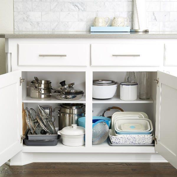 Tổ chức lưu trữ tủ bếp siêu khoa học, cực gọn gàng ai nhìn cũng thích mê - Ảnh 1.