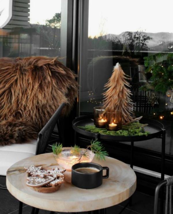 27 ý tưởng trang trí ban công dịp Giáng sinh cực đáng yêu cho mỗi gia đình - Ảnh 10.