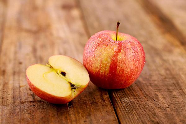Điều kỳ diệu gì sẽ xảy ra khi ăn 2 trái táo mỗi ngày: Những công năng khiến chị em tiếc hùi hụi vì không biết sớm hơn - Ảnh 1.