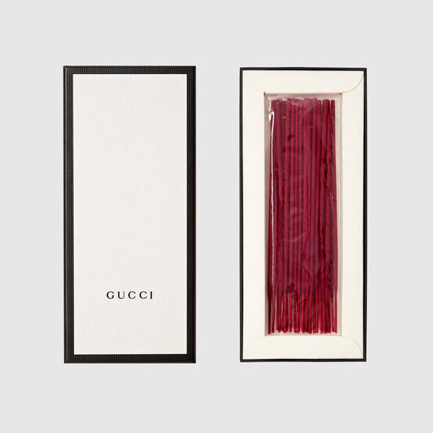 """Louis Vuitton cho ra mắt mẫu tạ 65 triệu, dân mạng lại được dịp réo tên """"thánh nữ hàng hiệu"""" - Ảnh 6."""