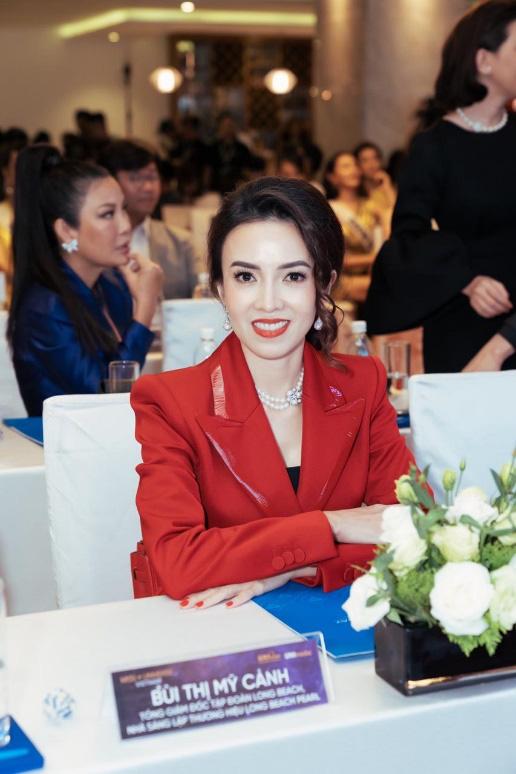 Vương miện vô giá Brave Heart Hoa Hậu Hoàn Vũ Việt Nam 2019 được thực hiện trong 06 tháng - Ảnh 5.