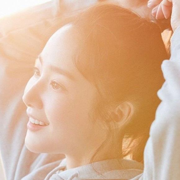 """""""Tình cũ Lee Min Ho"""" Park Min Young tiếp tục đốn tim người hâm mộ với loạt ảnh khoe nhan sắc đỉnh cao cùng vòng 2 quyến rũ - Ảnh 4."""