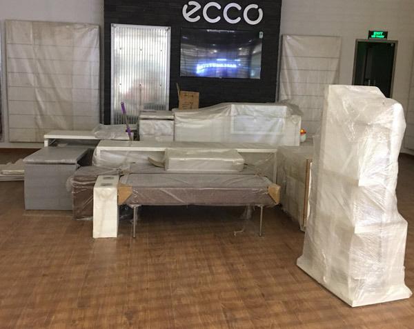 Thất vọng Aeon Mall Hà Đông, khai trương rồi hàng đóng cửa im lìm - Ảnh 14.