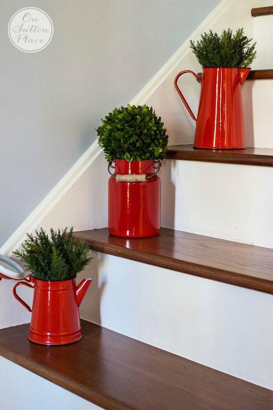 Mang vẻ đẹp hoàn hảo cho cầu thang dịp Giáng sinh nhờ lựa chọn đồ trang trí đúng điệu - Ảnh 6.