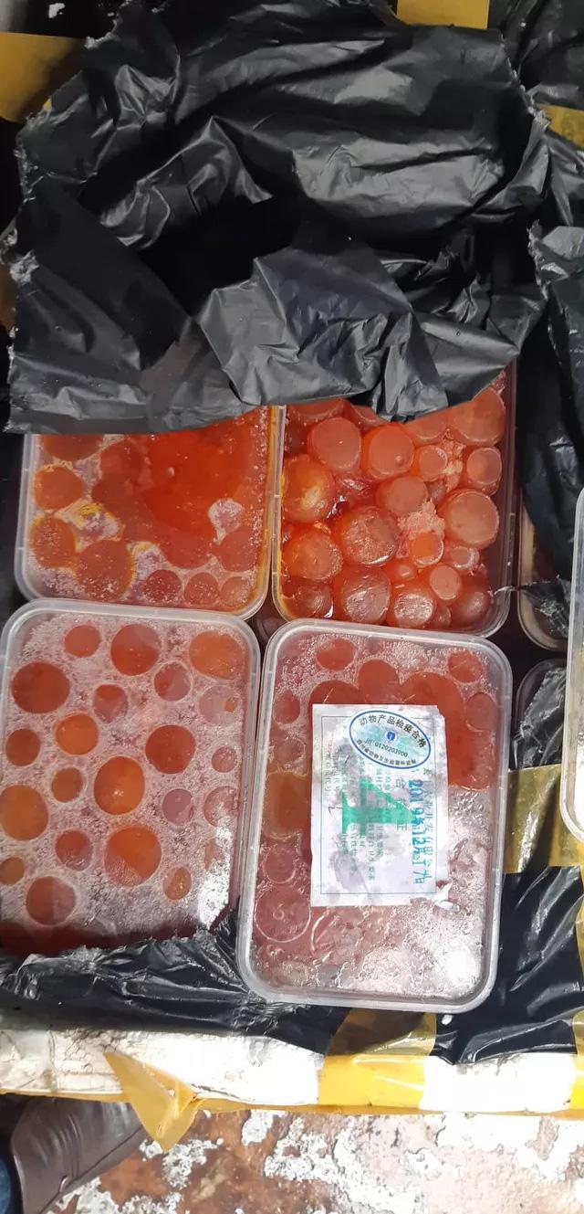 Cẩn trọng nuốt phải đặc sản lưỡi vịt, trứng gà non được nhập lậu đồ đông lạnh dịp cuối năm - Ảnh 3.