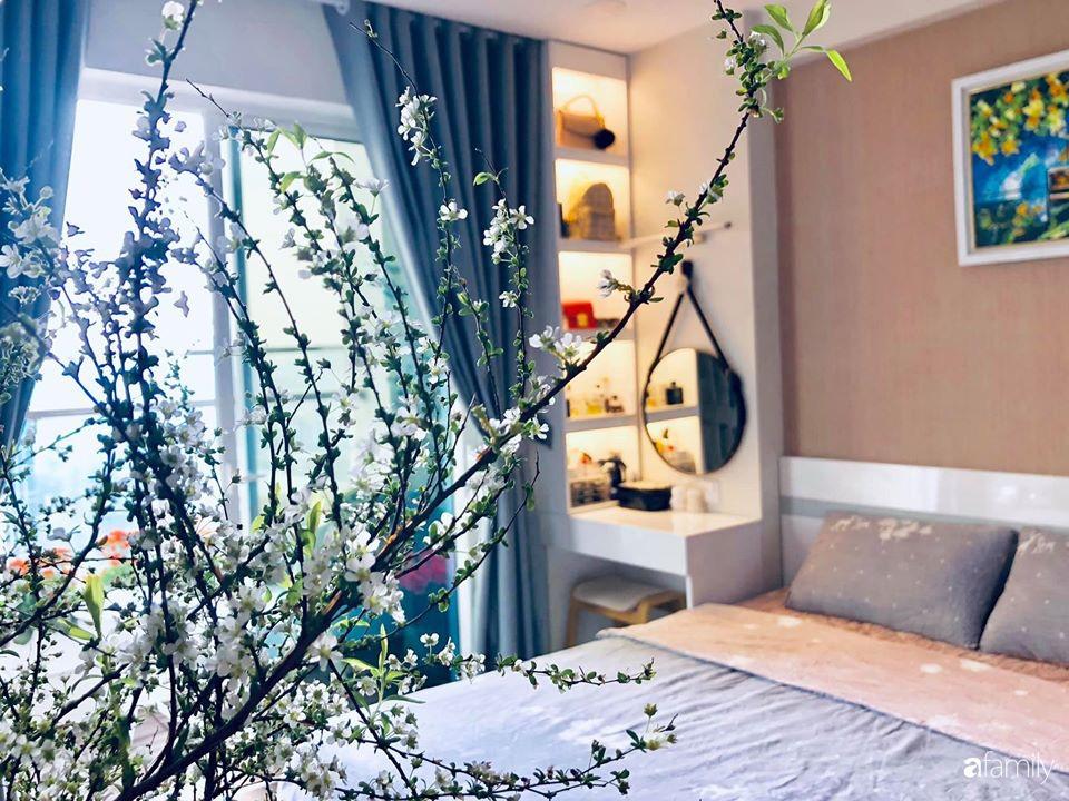 Ngày đầu năm ghé thăm những góc nhỏ dịu dàng sắc hoa trong căn nhà ấm cúng của bà mẹ trẻ Hà Nội - Ảnh 27.