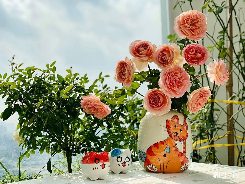 Ngày đầu năm ghé thăm những góc nhỏ dịu dàng sắc hoa trong căn nhà ấm cúng của bà mẹ trẻ Hà Nội - Ảnh 16.
