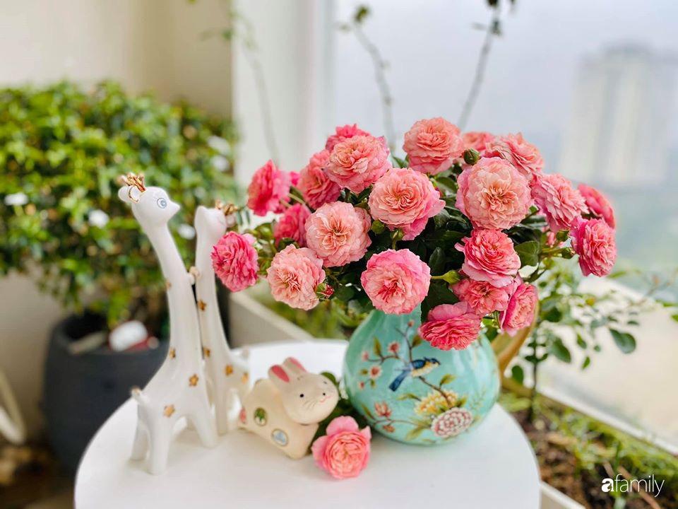 Ngày đầu năm ghé thăm những góc nhỏ dịu dàng sắc hoa trong căn nhà ấm cúng của bà mẹ trẻ Hà Nội - Ảnh 8.