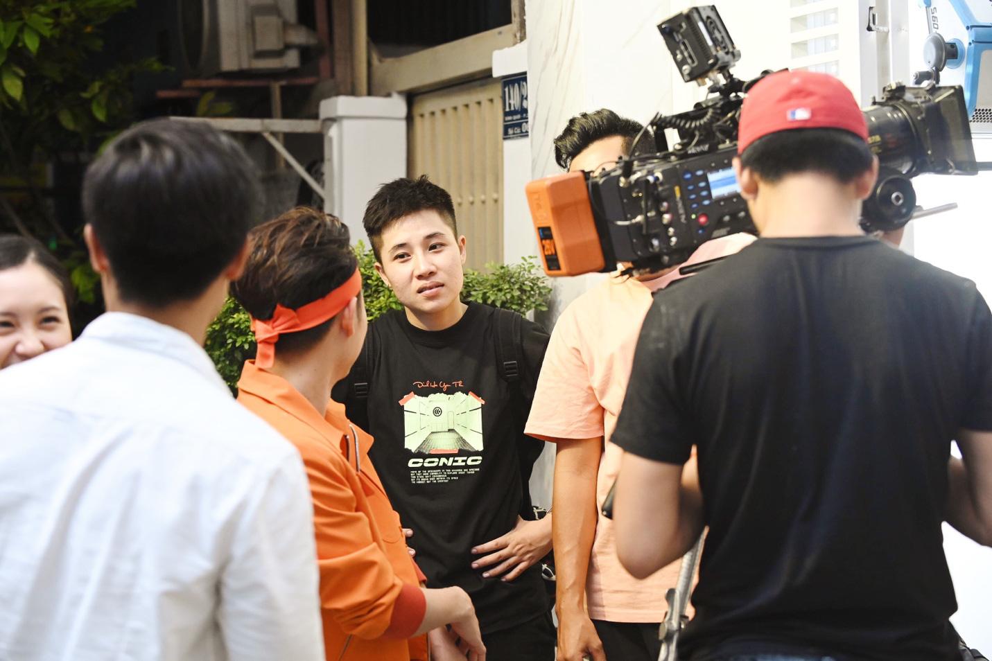 Trúc Nhân chơi lớn mùa Tết khi hợp tác cùng nhạc sĩ, đạo diễn đứng sau hàng loạt MV triệu view - Ảnh 3.