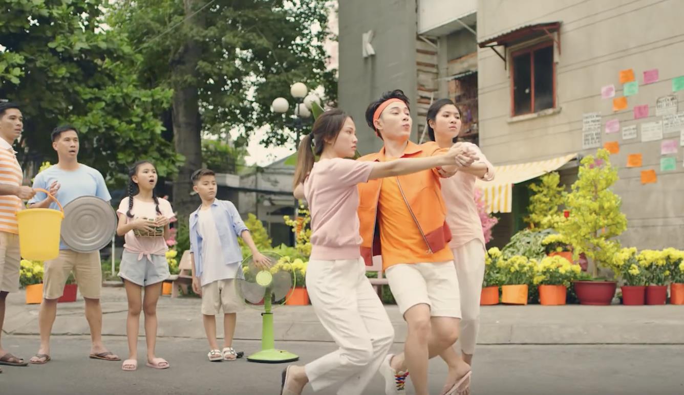 Trúc Nhân chơi lớn mùa Tết khi hợp tác cùng nhạc sĩ, đạo diễn đứng sau hàng loạt MV triệu view - Ảnh 4.