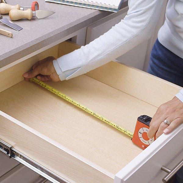 Cách tổ chức ngăn kéo đồ dùng nhà bếp siêu hay giúp bạn lưu trữ từ A đến Z - Ảnh 3.