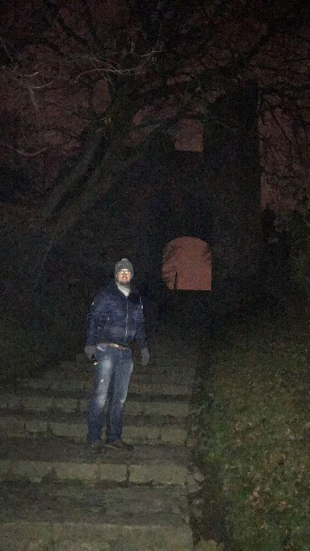 0pay-holy-spirit-couple-capture-ghost-of-monk-in-picture-next-to-archway-that-leads-to-haunted-castle-15756921847071010058597.jpg