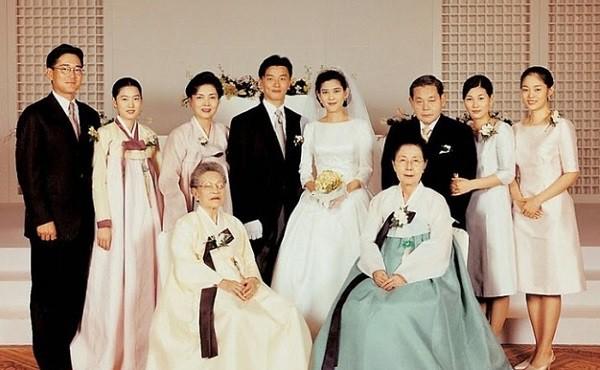 2 cuộc tình đình đám của đế chế Samsung nghe tưởng số hưởng vì làm dâu nhà tài phiệt nhưng sự thực toàn bi kịch - Ảnh 3.