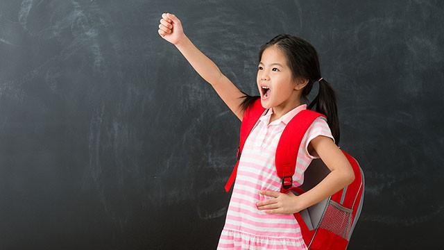 """Đầu năm """"học lỏm"""" ngay 5 phương pháp dạy con trở thành đứa trẻ tự tin của những ông bố bà mẹ thông thái - Ảnh 3."""