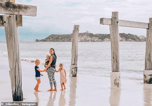 Đời không là mơ: Gia đình Úc vật lộn trở về cuộc sống thực sau 1 năm rong ruổi khắp nước trên xe tải - Ảnh 3.