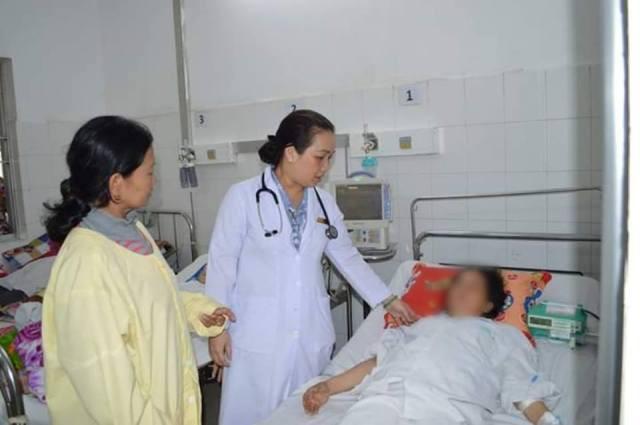 Mải ăn Tết quên uống thuốc, người phụ nữ nhập viện nguy kịch - Ảnh 1.