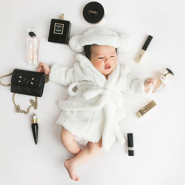 Chưa tròn 1 tuổi mà ba tiểu công chúa nhà sao Việt đã được dự đoán xinh đẹp, sành điệu ăn đứt mẹ  - Ảnh 2.