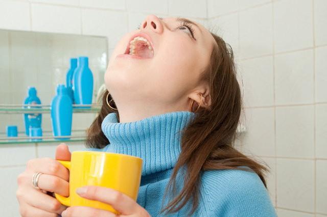 Viêm họng khi giao mùa: biến chứng đừng xem thường - Ảnh 4.
