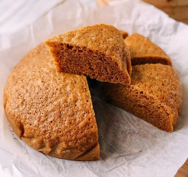 Nếu người Việt có bánh bò hấp thì người Mã Lai có món bánh bông lan hấp cũng ngon không kém - Ảnh 8.