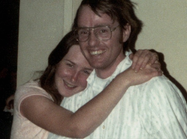 Quá giang xe cặp vợ chồng, thiếu nữ tự bước vào địa ngục: 7 năm sống trong