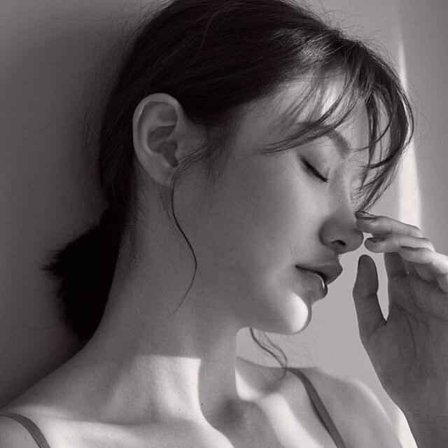 Nghiền mặt nạ giấy đến thế nào thì bạn vẫn phải tránh đắp trong 5 khoảng thời gian nhạy cảm này - Ảnh 2.