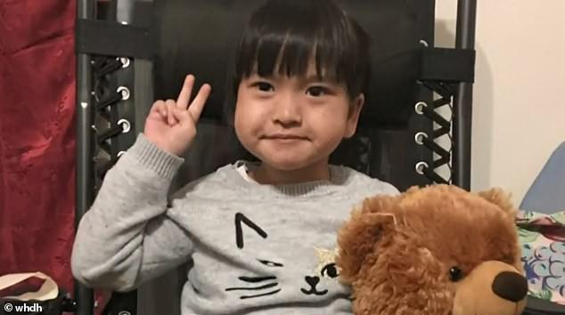 Bé gái 4 tuổi tử vong chỉ vì căn bệnh cúm mùa quen thuộc, bố mẹ đau đớn tuyệt vọng: Chúng tôi không biết làm gì để cứu con - Ảnh 1.