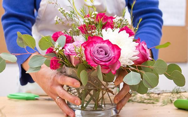 12 lời khuyên để tạo nên cách cắm hoa hoàn hảo đến từng chi tiết - Ảnh 12.
