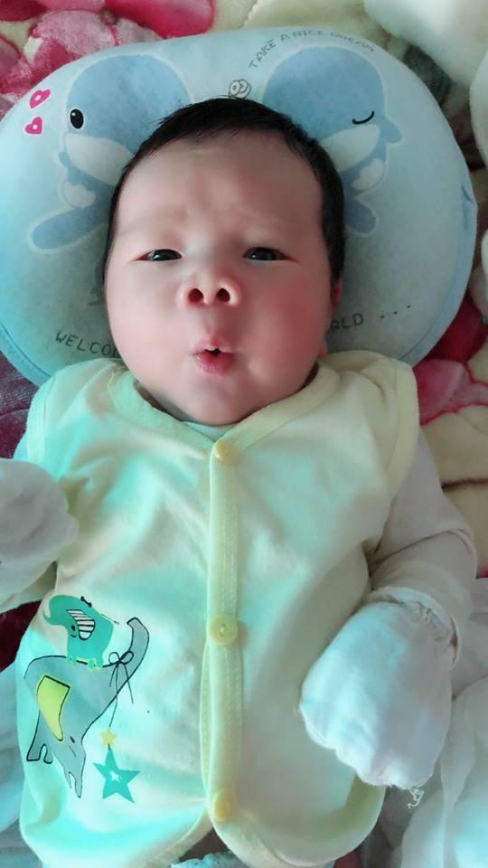 Mẹ 9X sinh thường bé nặng 4,4kg có bí quyết cực hay để con bụ bẫm, còn mẹ lại chỉ thon gọn thế này - Ảnh 11.