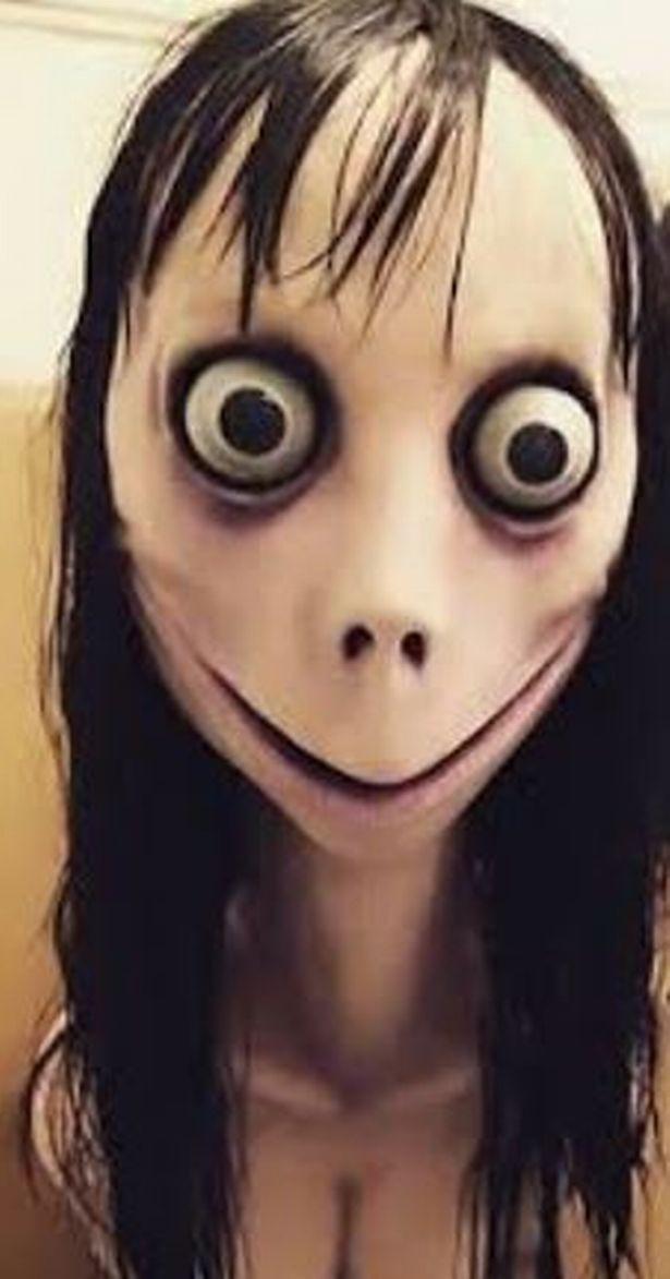 Kinh hoàng bé gái năm tuổi gần như cạo trọc đầu sau khi bị nhân vật đáng sợ trong trò chơi trực tuyến bệnh hoạn ra lệnh  - Ảnh 4.