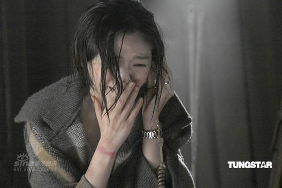 Mẹ từ chối sống cùng tôi, đến khi nhận được điện thoại của dì, tôi về quê chứng kiến cảnh tượng không thể tin nổi - Ảnh 3.