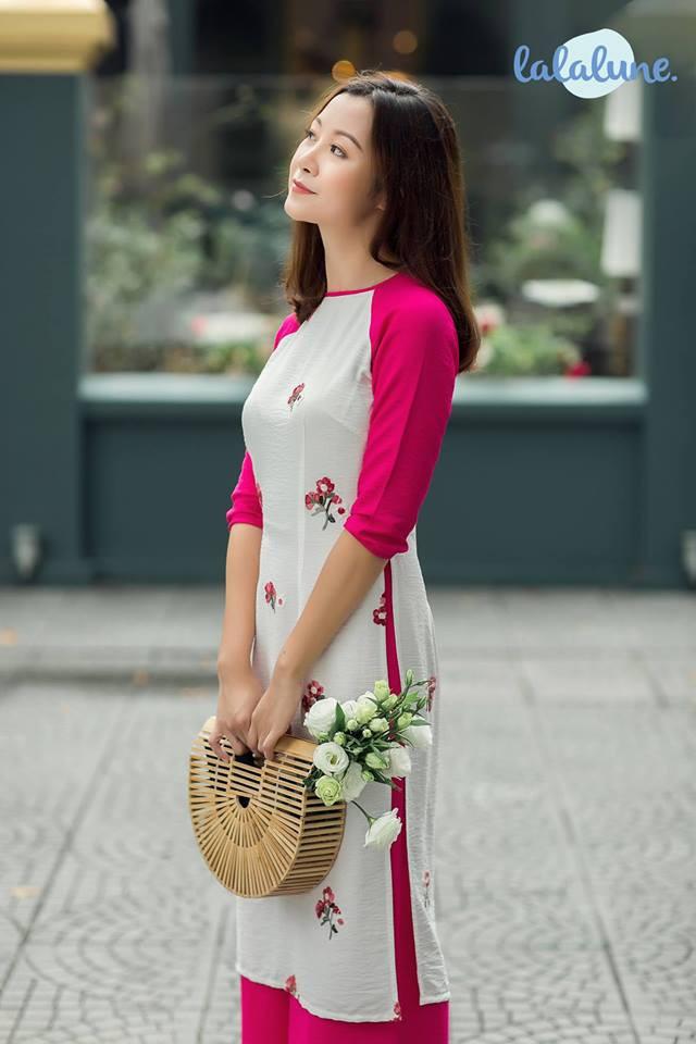 Nét duyên sẽ chẳng vẹn toàn nếu các nàng diện áo dài du Xuân đón Tết mà thiếu mất những điều này - Ảnh 2.