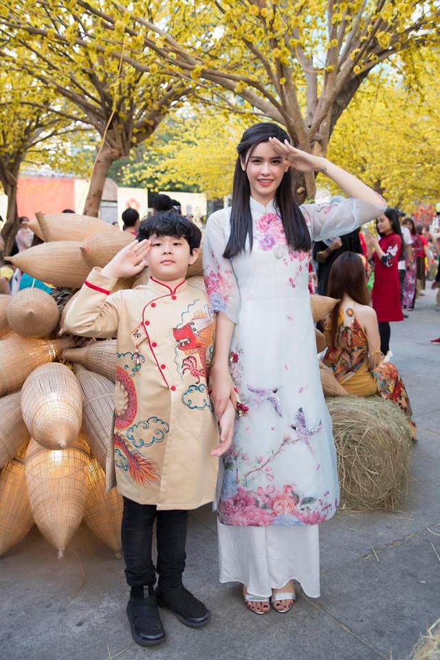 Nào có thua người lớn, nhóc tỳ nhà sao Việt xúng xính diện áo dài, nổi nhất là mẹ con Thu Thảo và Hà Anh - Ảnh 5.