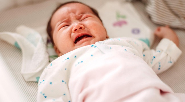 Mẹ nào đang mệt mỏi việc con hay tỉnh giấc giữa đêm thì đừng lo bởi đó là dấu hiệu trẻ rất thông minh - Ảnh 1.