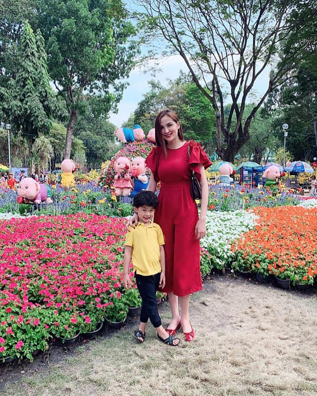 Nào có thua người lớn, nhóc tỳ nhà sao Việt xúng xính diện áo dài, nổi nhất là mẹ con Thu Thảo và Hà Anh - Ảnh 10.