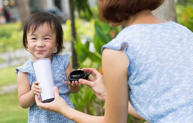 Chuyên gia dinh dưỡng bật mí 3 mốc thời gian cực quan trọng giúp trẻ tăng chiều cao không phải cha mẹ nào cũng biết - Ảnh 2.