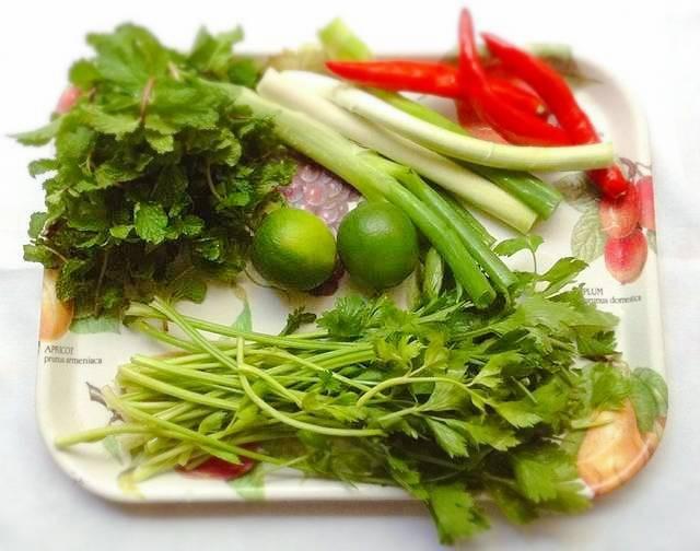 Bữa tối cứ đều đều ăn món salad này đảm bảo giảm cân đến sững sờ  - Ảnh 1.
