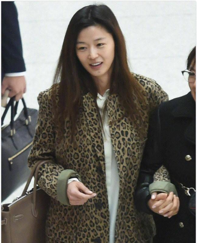 So ảnh mặt mộc của loạt mỹ nhân Hoa - Hàn: Phạm Băng Băng đánh bật Triệu Vy, Angela Baby, Song Hye Kyo… nhờ nước da đặc biệt - Ảnh 9.