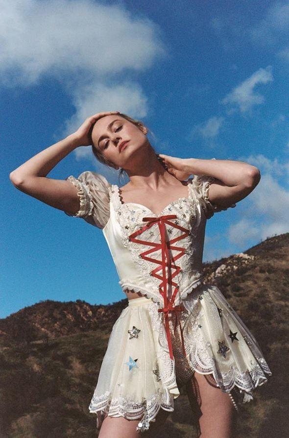 Đại úy Marvel Brie Larson giữ dáng theo cách nào để hóa thân xuất sắc nhất cho vai diễn? - Ảnh 6.