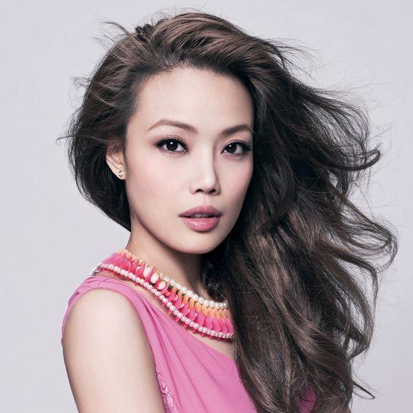 Tiếc nuối vì không được hát với Seungri do scandal môi giới mại dâm, Dung Tổ Nhi bị dân mạng mắng chửi thậm tệ - Ảnh 3.